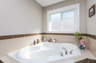 Photo 36: 1240 CUNNINGHAM Drive in Edmonton: Zone 55 House for sale : MLS®# E4203698