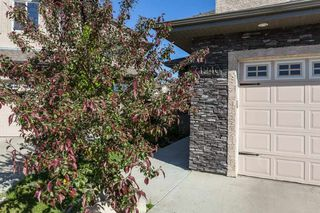 Photo 3: 1240 CUNNINGHAM Drive in Edmonton: Zone 55 House for sale : MLS®# E4203698