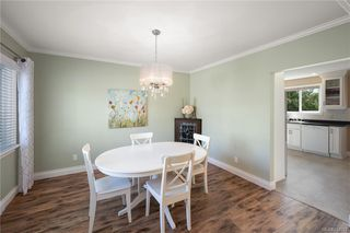Photo 5: 2715 Forbes St in Victoria: Vi Oaklands House for sale : MLS®# 842827