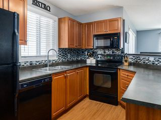 Photo 10: 3426 10 PRESTWICK Bay SE in Calgary: McKenzie Towne Apartment for sale : MLS®# A1023715