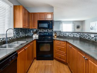 Photo 9: 3426 10 PRESTWICK Bay SE in Calgary: McKenzie Towne Apartment for sale : MLS®# A1023715