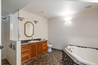 Photo 20: 685 Lost Lake Rd in : Hi Western Highlands House for sale (Highlands)  : MLS®# 855615