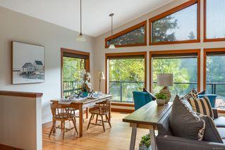 Photo 5: 685 Lost Lake Rd in : Hi Western Highlands House for sale (Highlands)  : MLS®# 855615