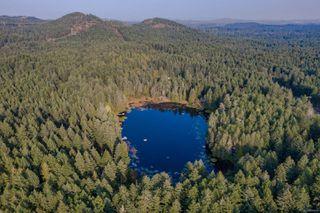 Photo 28: 685 Lost Lake Rd in : Hi Western Highlands House for sale (Highlands)  : MLS®# 855615
