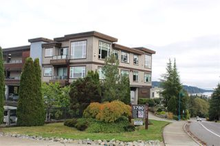"Photo 4: 4 5780 TRAIL Avenue in Sechelt: Sechelt District Condo for sale in ""TRADEWINDS"" (Sunshine Coast)  : MLS®# R2509684"