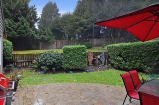 """Photo 14: 6279 W GREENSIDE Drive in Surrey: Cloverdale BC Townhouse for sale in """"GREENSIDE ESTATES"""" (Cloverdale)  : MLS®# R2509457"""
