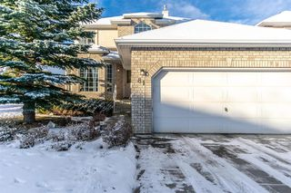 Photo 3: 81 Strathridge Close SW in Calgary: Strathcona Park Detached for sale : MLS®# A1051210
