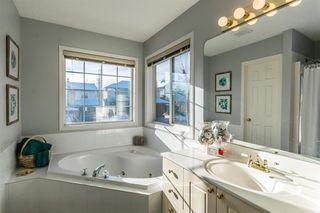 Photo 33: 81 Strathridge Close SW in Calgary: Strathcona Park Detached for sale : MLS®# A1051210