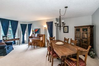 Photo 7: 81 Strathridge Close SW in Calgary: Strathcona Park Detached for sale : MLS®# A1051210