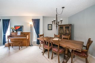 Photo 6: 81 Strathridge Close SW in Calgary: Strathcona Park Detached for sale : MLS®# A1051210