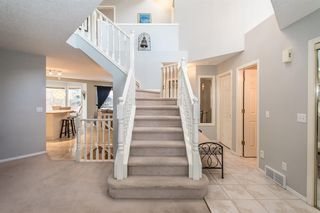 Photo 4: 81 Strathridge Close SW in Calgary: Strathcona Park Detached for sale : MLS®# A1051210