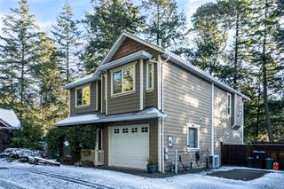 Photo 2: 2655 Millwoods Crt in : La Atkins House for sale (Langford)  : MLS®# 862104