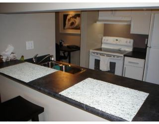 Photo 3: # 205 1775 W 10TH AV in Vancouver: FA Fairview Condo for sale (VW Vancouver West)  : MLS®# V638977