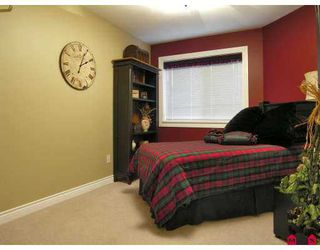 "Photo 9: 105 5759 GLOVER Road in Langley: Langley City Condo for sale in ""College Court"" : MLS®# F2726763"
