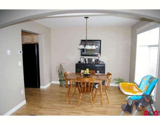 """Photo 3: 9 5965 JINKERSON Road in Sardis: Promontory Townhouse for sale in """"EAGLE VIEW RIDGE"""" : MLS®# H2802676"""