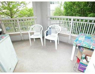 "Photo 9: 207 2990 PRINCESS Crescent in Coquitlam: Canyon Springs Condo for sale in ""CANYON SPRINGS"" : MLS®# V711568"