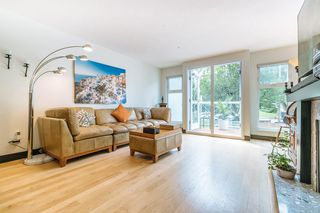"Main Photo: 302 1023 WOLFE Avenue in Vancouver: Shaughnessy Condo for sale in ""Sitco Manor"" (Vancouver West)  : MLS®# R2388970"