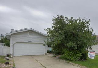 Photo 3: 7631 185 Street in Edmonton: Zone 20 House for sale : MLS®# E4167225