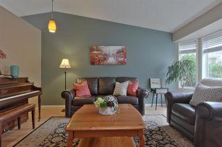 Photo 2: 7631 185 Street in Edmonton: Zone 20 House for sale : MLS®# E4167225