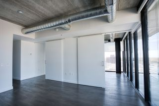 Photo 4: 1708 311 Hargrave Street in Winnipeg: Downtown Condominium for sale (9A)  : MLS®#  1928471