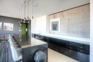 Photo 10: 1708 311 Hargrave Street in Winnipeg: Downtown Condominium for sale (9A)  : MLS®#  1928471