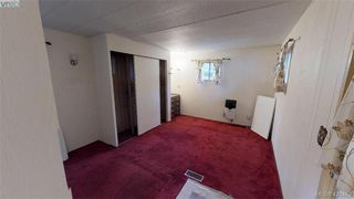 Photo 10: Cheap Mobile Home For Sale  |  4-1201 Craigflower Road