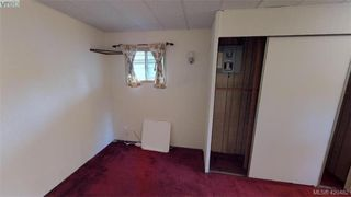 Photo 11: Cheap Mobile Home For Sale  |  4-1201 Craigflower Road