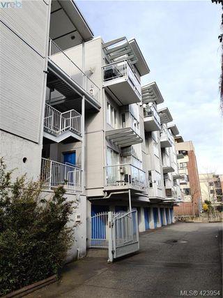 Photo 16: 302 1721 Quadra Street in VICTORIA: Vi Central Park Condo Apartment for sale (Victoria)  : MLS®# 423954