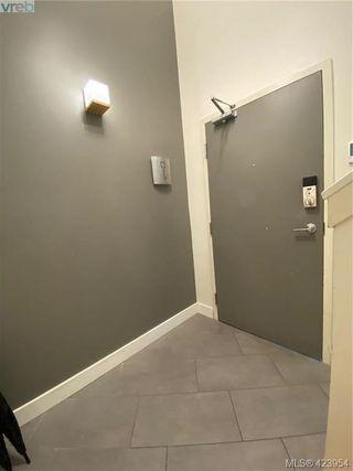 Photo 39: 302 1721 Quadra Street in VICTORIA: Vi Central Park Condo Apartment for sale (Victoria)  : MLS®# 423954