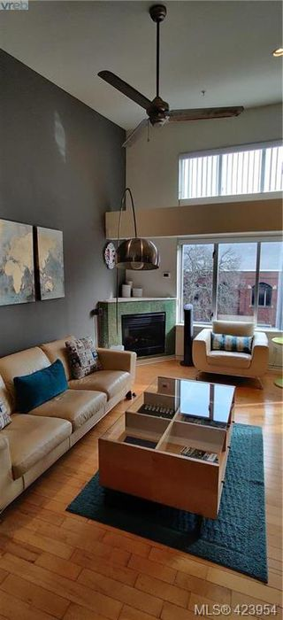 Photo 21: 302 1721 Quadra Street in VICTORIA: Vi Central Park Condo Apartment for sale (Victoria)  : MLS®# 423954