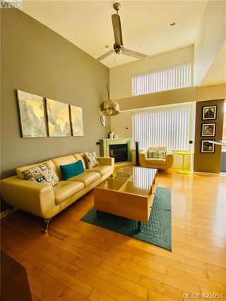 Photo 31: 302 1721 Quadra Street in VICTORIA: Vi Central Park Condo Apartment for sale (Victoria)  : MLS®# 423954