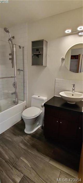 Photo 13: 302 1721 Quadra Street in VICTORIA: Vi Central Park Condo Apartment for sale (Victoria)  : MLS®# 423954