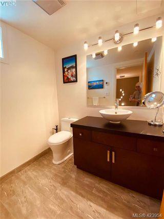 Photo 30: 302 1721 Quadra Street in VICTORIA: Vi Central Park Condo Apartment for sale (Victoria)  : MLS®# 423954
