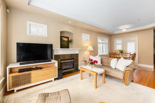 Photo 2: 277 W 16TH Avenue in Vancouver: Mount Pleasant VW Townhouse for sale (Vancouver West)  : MLS®# R2457606