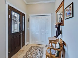 Photo 2: 417 35 Avenue NW in Calgary: Highland Park Semi Detached for sale : MLS®# C4297308