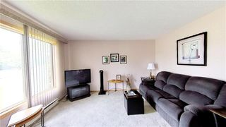 Photo 8: 35 Fergusson Crescent in Great Falls: R28 Residential for sale : MLS®# 202013977
