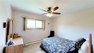 Photo 12: 35 Fergusson Crescent in Great Falls: R28 Residential for sale : MLS®# 202013977