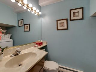 """Photo 25: 44 6871 FRANCIS Road in Richmond: Woodwards Townhouse for sale in """"Timberwood Village"""" : MLS®# R2495957"""