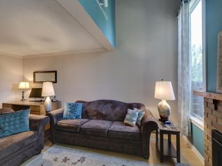 """Photo 10: 44 6871 FRANCIS Road in Richmond: Woodwards Townhouse for sale in """"Timberwood Village"""" : MLS®# R2495957"""
