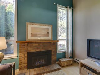 """Photo 11: 44 6871 FRANCIS Road in Richmond: Woodwards Townhouse for sale in """"Timberwood Village"""" : MLS®# R2495957"""