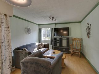 """Photo 7: 44 6871 FRANCIS Road in Richmond: Woodwards Townhouse for sale in """"Timberwood Village"""" : MLS®# R2495957"""