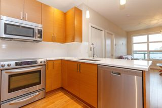 Photo 11: 415 4000 Shelbourne St in : SE Mt Doug Condo for sale (Saanich East)  : MLS®# 858753