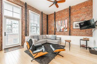 Photo 4: 209 535 Fisgard St in : Vi Downtown Condo for sale (Victoria)  : MLS®# 860549