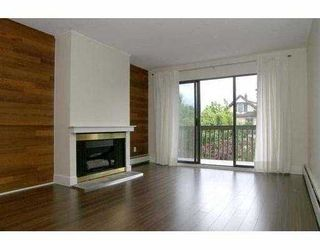 "Photo 2: 311 265 E 15TH Avenue in Vancouver: Mount Pleasant VE Condo for sale in ""WOODGLEN"" (Vancouver East)  : MLS®# V651678"