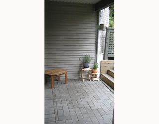 """Photo 9: 112 3738 NORFOLK Street in Burnaby: Central BN Condo for sale in """"WINCHELSEA"""" (Burnaby North)  : MLS®# V676965"""