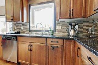 Photo 2: 33 Sisson Avenue in Red Deer: Sunnybrook South Residential for sale : MLS®# CA0174657