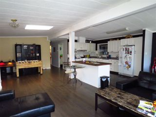 Photo 5: 33840 GILMOUR Drive in Abbotsford: Central Abbotsford Manufactured Home for sale : MLS®# R2406737