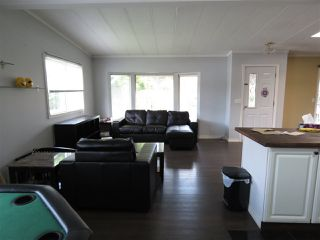 Photo 11: 33840 GILMOUR Drive in Abbotsford: Central Abbotsford Manufactured Home for sale : MLS®# R2406737