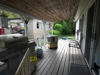 Photo 18: 33840 GILMOUR Drive in Abbotsford: Central Abbotsford Manufactured Home for sale : MLS®# R2406737