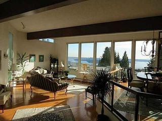 Photo 3: 2320 WESTHILL Drive in West Vancouver: Home for sale : MLS®# V1021707
